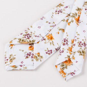 Corbata Estampada con Flores Naranja puntas traseras - JV Legacy